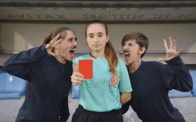 Insultos, mujeres y fútbol