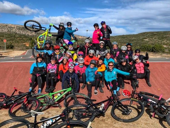 pump track evento bikers juntas